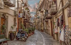 ALLEYS OF SICILY
